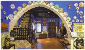 Museu del Cau Ferrat, vestíbul (c. 2009).