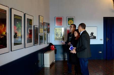 Visitant l'exposició amb el director del Festival, Angel Sala, i el director de la Fundació organitzadora del certamen, J. L. Galán
