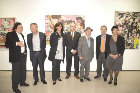 Foto de grup el vespre inaugural. D'esquerre a dreta: